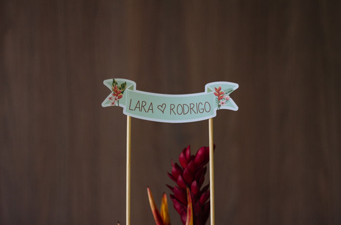 Cha_bar_tropical_Lara-_Rodrigo