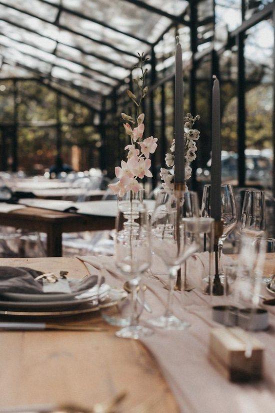Single flower: decoração de casamento com uma flor só