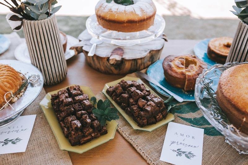 mesa de bolos - inspirações de casamento