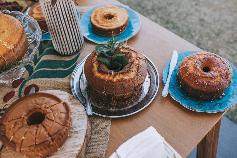 mesa de bolos - inspirações de casamento2