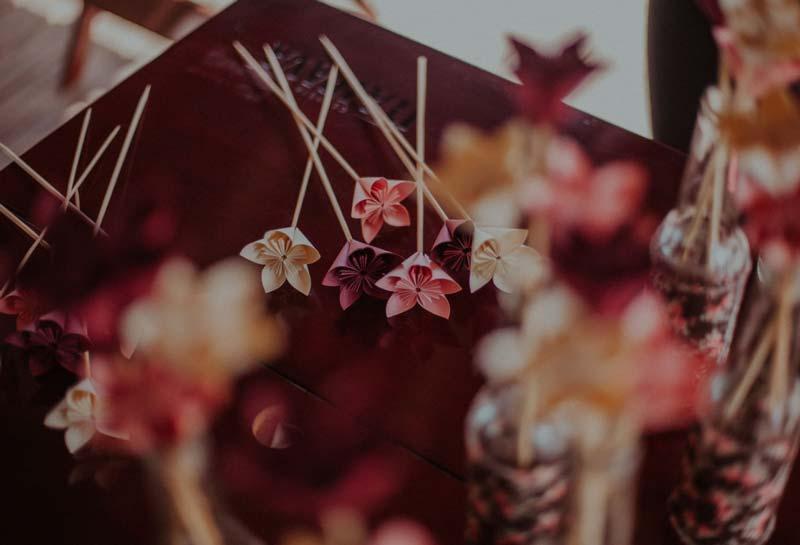 Casamento DIY - Lu e Rodolfo - florzinhas de papel