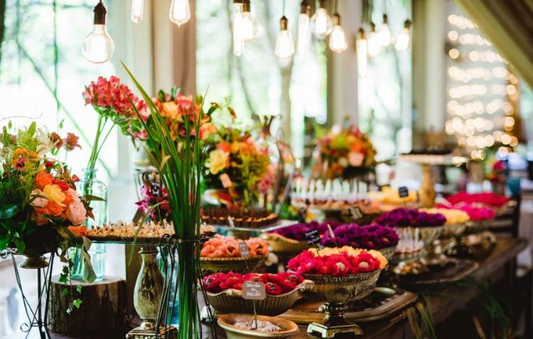 Casamento rústico - mesa de doces