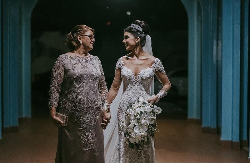 Mãe dos noivos: Dicas para escolher o vestido ideal