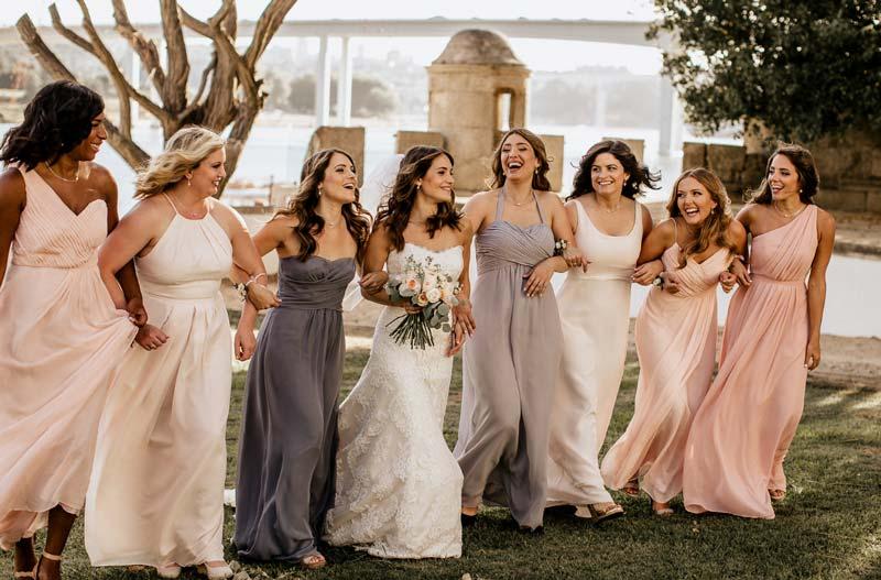 Estilista explica como escolher o vestido certo para a ocasião