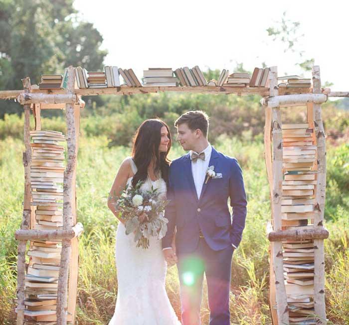 12 ideias para usar livros antigos no seu casamento