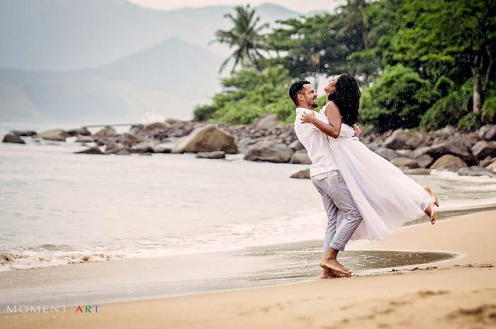 Trash the dress em Ilha Bela :  Gaby e Oseias