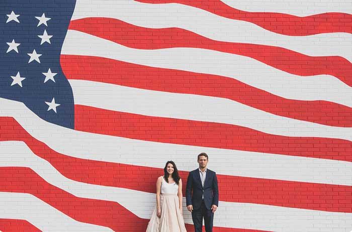Fotógrafos percorrem 50 estados americanos registrando casamentos