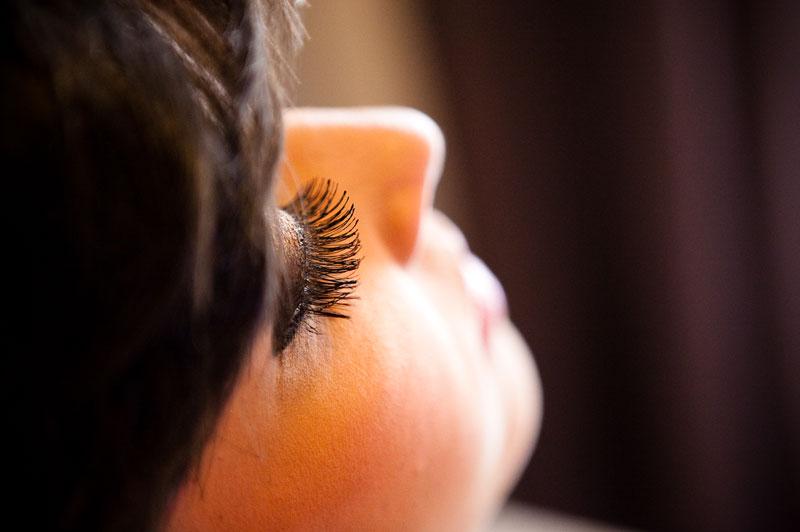 Maquiagem e penteado de Noiva: dicas para escolher o melhor profissional