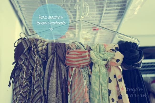 organizando lenços e cachecóis