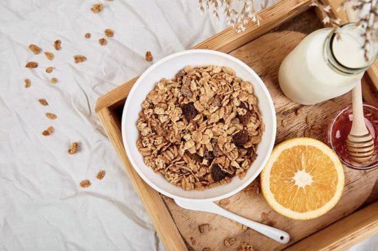 Como fazer leite de aveia caseiro