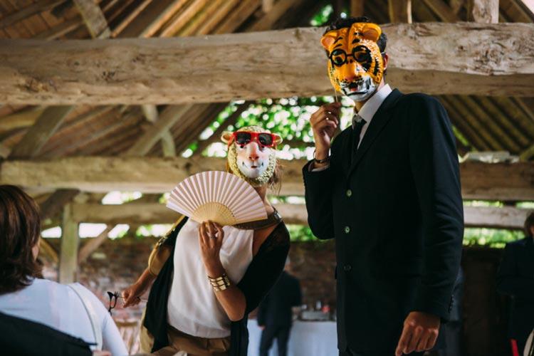 fotos_divertidas_casamento_mascaras2