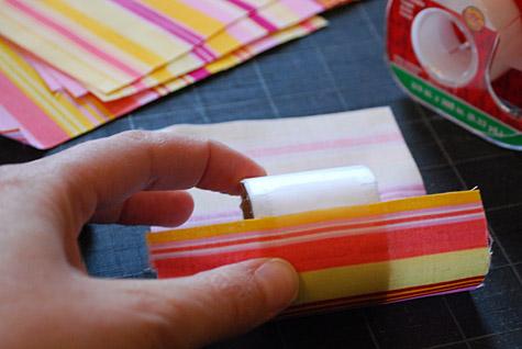 porta guardanapo com rolo de papelão